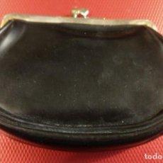 Antigüedades: MONEDERO ANTIGUO VINTAGE 12 X 9 CM. Lote 140116834