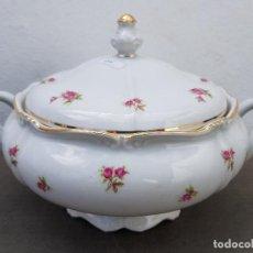 Antigüedades: SOPERA EN PORCELANA DE BAVARIA SELLADA. Lote 140126874