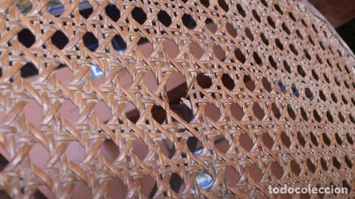 Antigüedades: 2 sillas estilo thonet de madera con rejilla - pequeña restauracion - madera sana - Foto 5 - 140149490