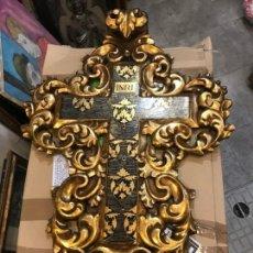 Antigüedades: EXTRAODINARIA CRUZ BARROCA EN MADERA TALLADA. Lote 140166410