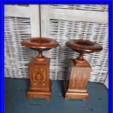Antigüedades: ANTIGUAS COPAS CARLOS X EN MADERA DE PALISANDRO Y MARQUETERIA. Lote 140168458