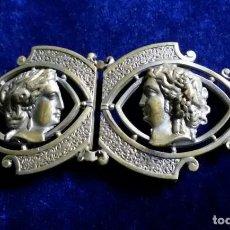 Antigüedades: ANTIGUA HEBILLA PARA CINTURON ART NOUVEAU MODERNISTA METAL DORADO SOBRE.1900. Lote 140180094