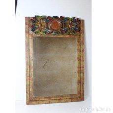 Antigüedades: ANTIGUO ESPEJO DE MADERA TALLADA SOL. Lote 140194986