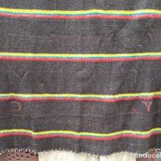 Antigüedades: MANTA ZAMORANA DE PURA LANA, HACIA 1930. Lote 140199094