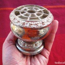 Antigüedades: VIOLETERO BAÑO DE PLATA MARCADO SILVER PLATED IANIEH ENGLAND PERFECTO. Lote 140290394