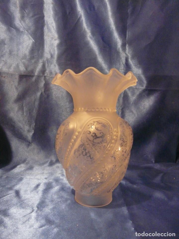 TULIPA MODERNISTA PARA QUINQUE, BOCA 70 MM (Antigüedades - Iluminación - Quinqués Antiguos)