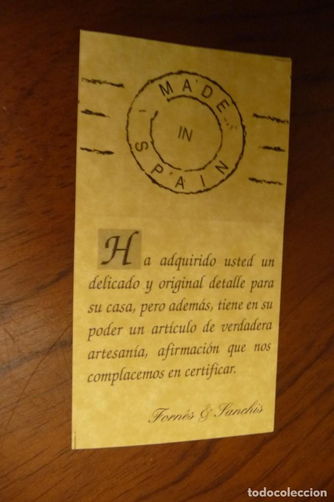 Antigüedades: CERAMICA MANISES, CENTRO MESA Y PERCHA CON AJOS, MUY ESTETICA. 25 CMS. DOS PIEZAS - Foto 13 - 139895518
