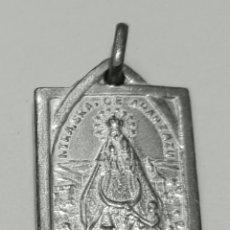 Antigüedades: ESCAPULARIO VIRGEN DE ARANZAZU - SAGRADO CORAZON EN PLATA DE LEY MACIZA - 12X15MM. Lote 140303610