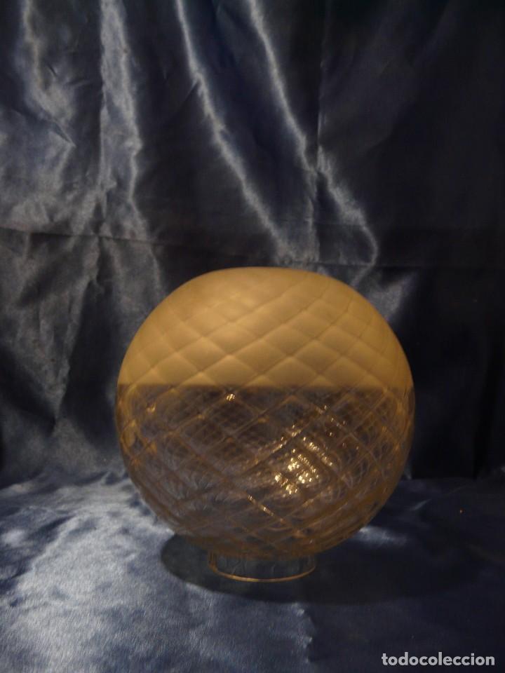 TULIPA GLOBO MODERNISTA PARA QUINQUE BOCA 67 MM (Antigüedades - Iluminación - Quinqués Antiguos)