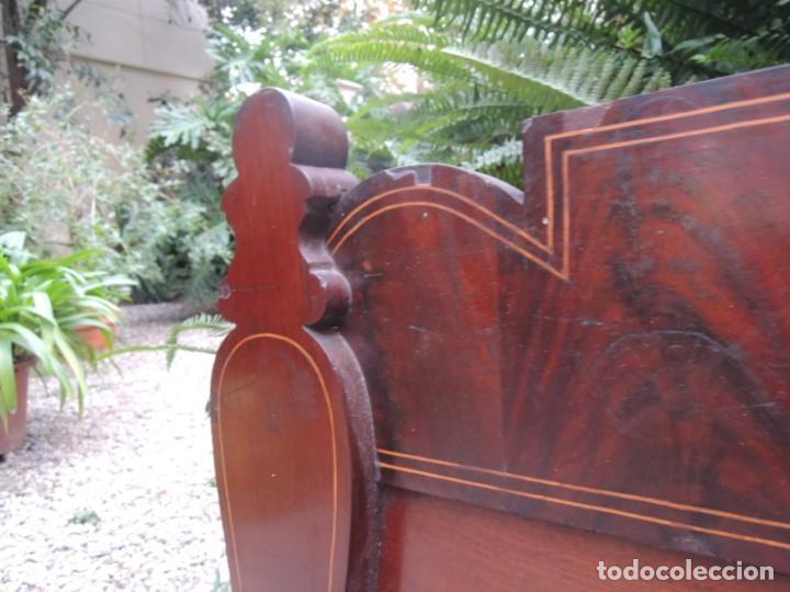 Antigüedades: CABECERA DE CAMA ANTIGUA DE MADERA MODERNISTA - Foto 9 - 140307906
