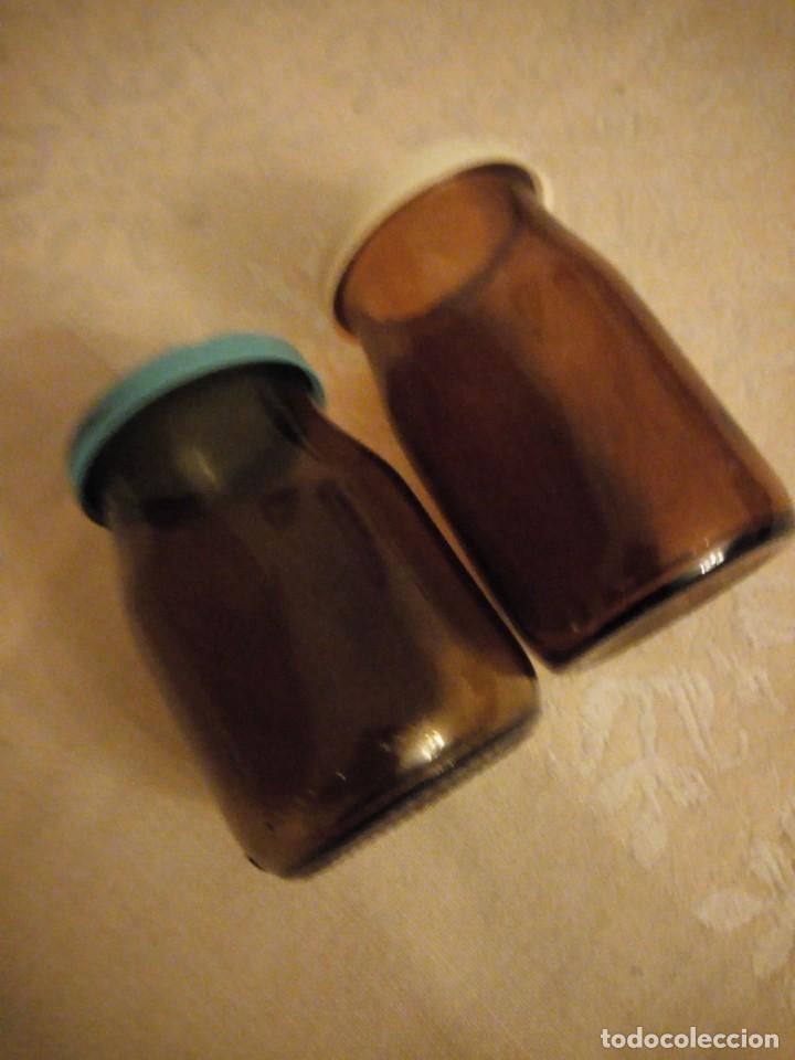 Antigüedades: Lote de 2 tarros de cristal marrón de farmacia. - Foto 3 - 140320122