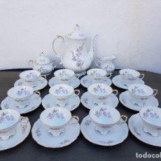 Antigüedades: JUEGO CAFE 12 PERSONAS EN PORCELANA DE BAVARIA SELLADO. Lote 140326946