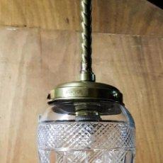 Antigüedades: LAMPARA GLOBO CRISTAL Y BRONCE ELECTRIFICADA. Lote 140396614
