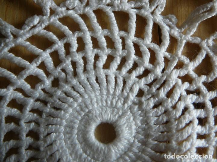 Antigüedades: Lote 2 tapetes de ganchillo. - Foto 7 - 140402926