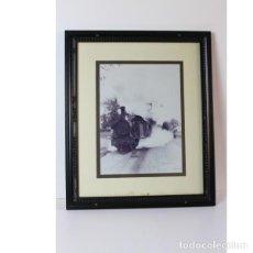 Antigüedades: CUADRO FOTOGRAFÍA FILADELFO LOCOMOTORA. Lote 140405830