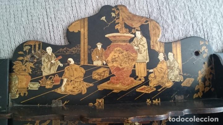 Antigüedades: ANTIGUA ESTANTERÍA EN MADERA LACADA PINTADA A MANO Y ESGRAFIADO CON FIGURAS CHINA JAPÓN - PLEGABLE - Foto 8 - 140439454