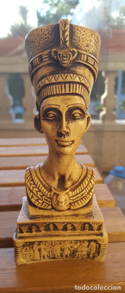 BUSTO DE LA REINA-FARAONA NEFERTITI (ORIGINAL DE EGIPTO) (Antigüedades - Hogar y Decoración - Otros)