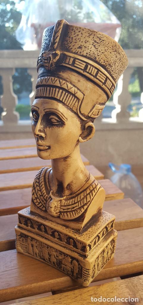Antigüedades: Busto de la reina-faraona Nefertiti (Original de Egipto) - Foto 3 - 140441078