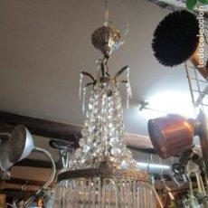 Antigüedades: LAMPARA TECHO DE LOS 50/60'S - CAIRELES LAGRIMAS VIDRIO, HERRAJES METAL CROMADO - EXCELENTE COMPLETA. Lote 140449294