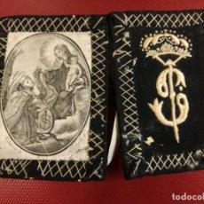 Antigüedades: PRECIOSO Y ANTIGUO ESCAPULARIO RELIGIOSO SAN FRANCISCO DE ASIS ?? BORDADO EN EL REVERSO. 13 X 9 CM. Lote 140484250