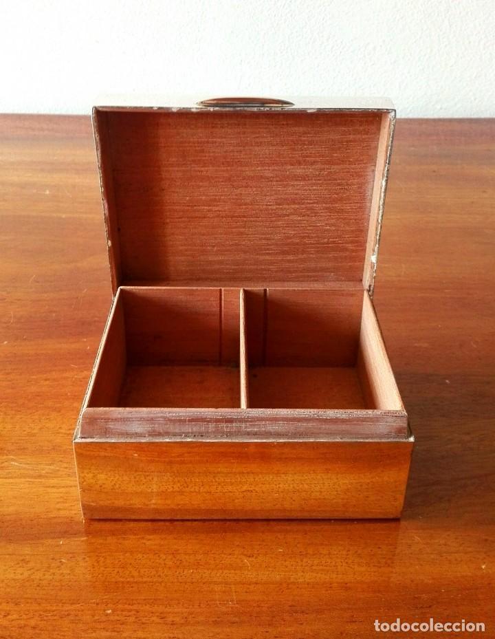 Antigüedades: Caja de Tabaco o Puritos de Mesa Inglesa en Plata. Londres 1941 - Foto 3 - 140512410
