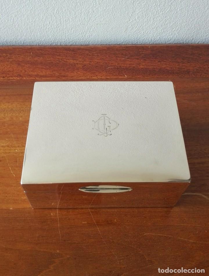Antigüedades: Caja de Tabaco o Puritos de Mesa Inglesa en Plata. Londres 1941 - Foto 7 - 140512410