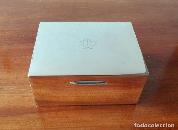 Antigüedades: Caja de Tabaco o Puritos de Mesa Inglesa en Plata. Londres 1941 - Foto 9 - 140512410