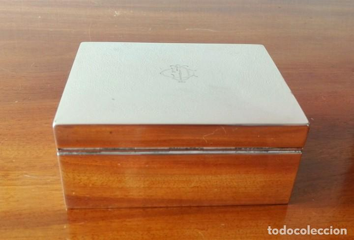 Antigüedades: Caja de Tabaco o Puritos de Mesa Inglesa en Plata. Londres 1941 - Foto 10 - 140512410