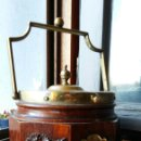 Antigüedades: CUBITERA EN MADERA TRABAJADA Y PLATA INGLESA - ANTIGUA ! ! !. Lote 140524886