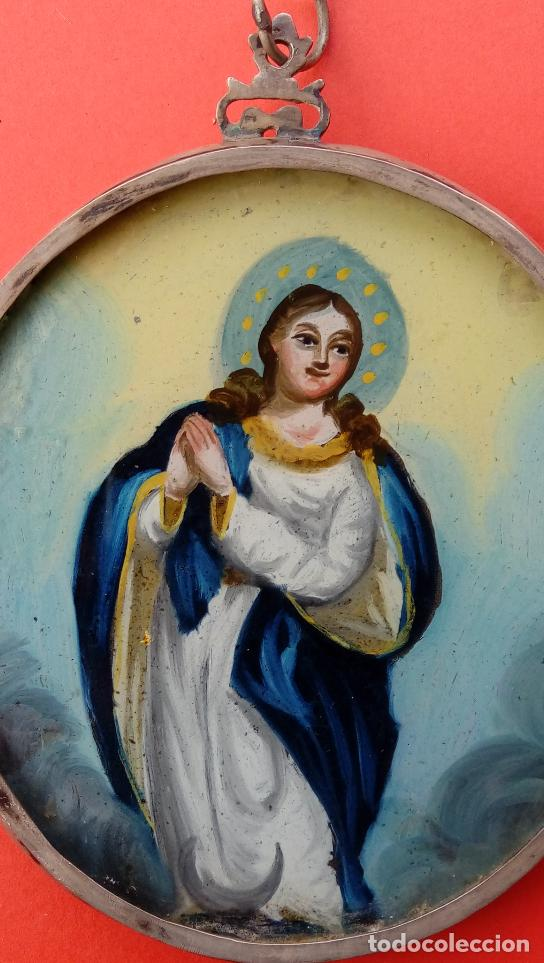 RELICARIO DE PLATA SIGLO XVIII, CON ÓLEO BAJO CRISTAL DE INMACULADA Y SANTA FAZ. DIM.- 11.1X8,7 CMS (Antigüedades - Religiosas - Relicarios y Custodias)