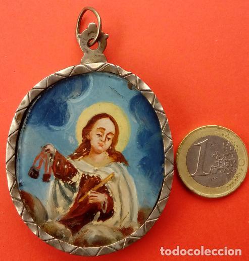 Antigüedades: RELICARIO DE PLATA SIGLO XVIII, CON ÓLEO BAJO CRISTAL DE VIRGEN DEL CARMEN Y ECCE HOMO. 7.5X5 CMS - Foto 3 - 140532042