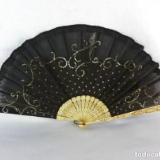 Antigüedades: ABANICO 1820 EN HUESO BORDADO A MANO. Lote 140572510