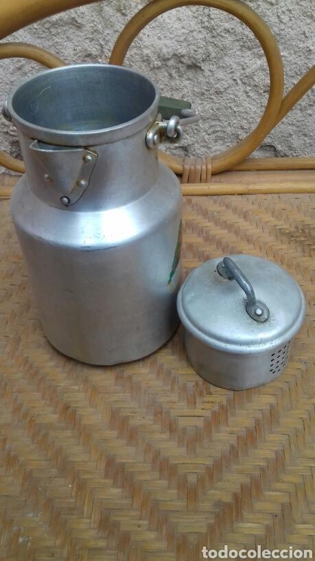 Antigüedades: Antigua aceitera de aluminio de Hispano suiza. - Foto 3 - 140592041