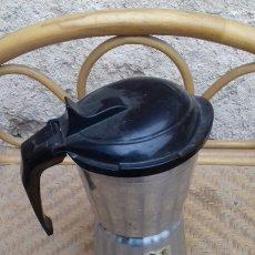 Antigüedades: ANTIGUA CAFETERA A PRESIÓN SEB DE 4 DECILITROS.. Lote 140592614