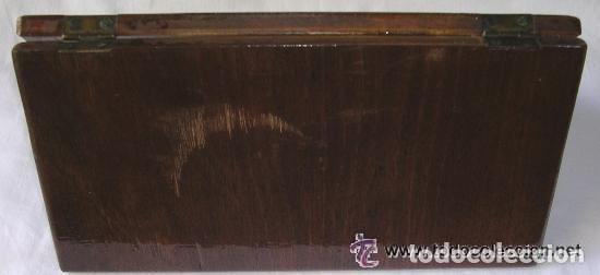 Antigüedades: TABLERO DE VIAJE PARA AJEDREZ O DAMAS - MADERAS NOBLES - MUY ANTIGUO - PRINCIPIOS SIGLO XX - Foto 18 - 173994467