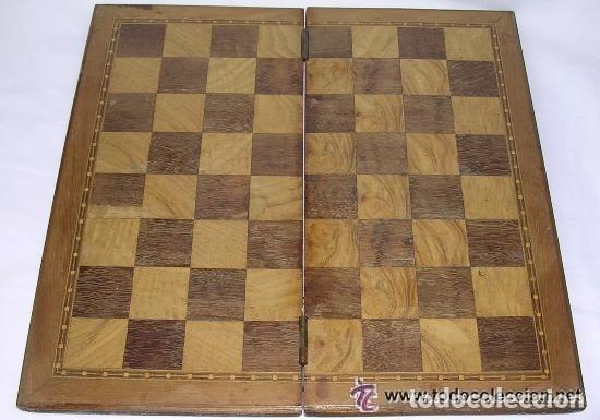 Antigüedades: TABLERO DE VIAJE PARA AJEDREZ O DAMAS - MADERAS NOBLES - MUY ANTIGUO - PRINCIPIOS SIGLO XX - Foto 10 - 173994467