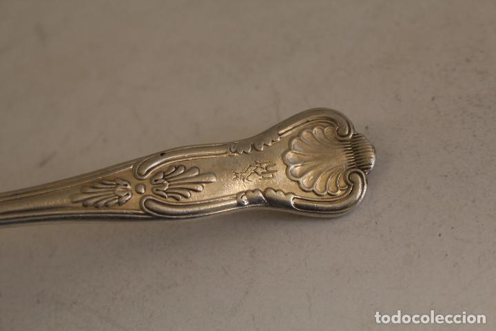 Antigüedades: tenedor con plata de ley punzonada - Foto 2 - 152250405