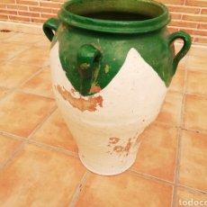 Antigüedades: ANTIGUA ORZA.TINAJA DE BARRO VIDRIADA CON CUATRO ASAS. ALTURA 57CM. Lote 140765930