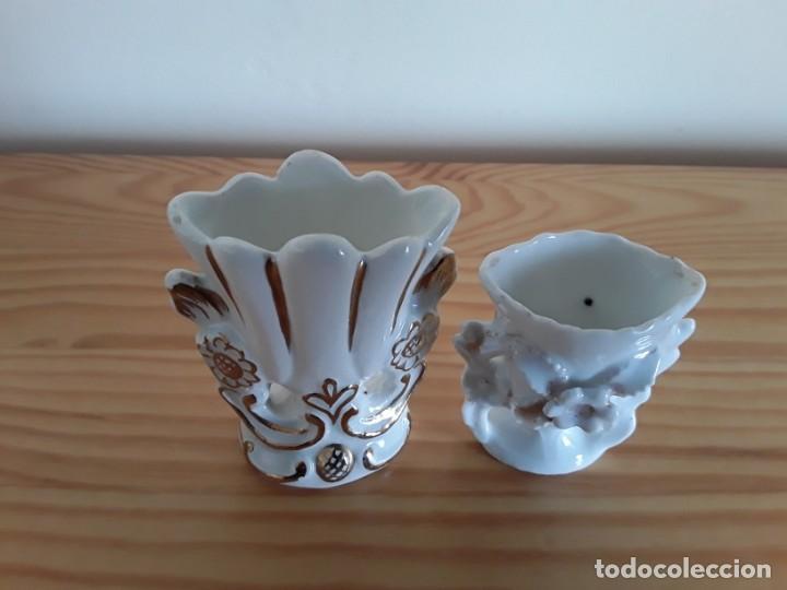 Antigüedades: Jarroncitos porcelana tipo Isabelino - Foto 4 - 140848978