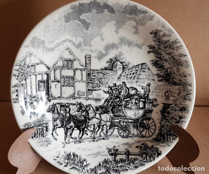 PLATO DE PORCELANA SAN CLAUDIO / DILIGENCIA / PLATO HONDO / 20 CM Ø / PERFECTO. (Antigüedades - Porcelanas y Cerámicas - San Claudio)