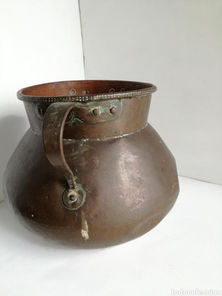 Antigüedades: ANTIGUO CALDERO DE COBRE REMACHADO 23CM - Foto 6 - 140872710