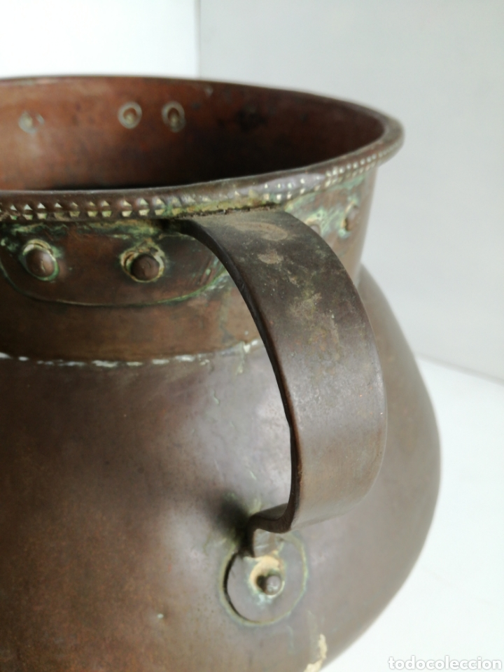 Antigüedades: ANTIGUO CALDERO DE COBRE REMACHADO 23CM - Foto 9 - 140872710