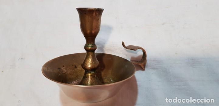 INDIA-ANTIGUO PORTAVELAS DE LATÓN (Antigüedades - Hogar y Decoración - Portavelas Antiguas)