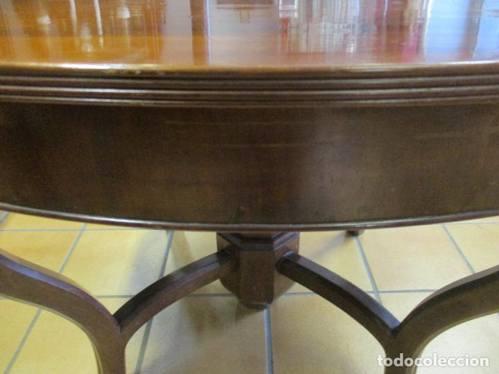 Antigüedades: Curiosa Mesa de Comedor - Madera de Caoba - Extensible - Pata Central - 124 cm Diámetro - S. XIX - Foto 14 - 140887310