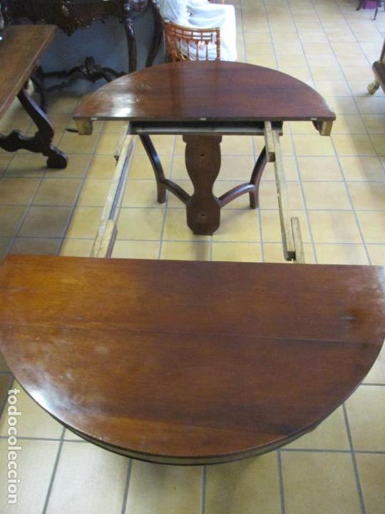 Antigüedades: Curiosa Mesa de Comedor - Madera de Caoba - Extensible - Pata Central - 124 cm Diámetro - S. XIX - Foto 20 - 140887310