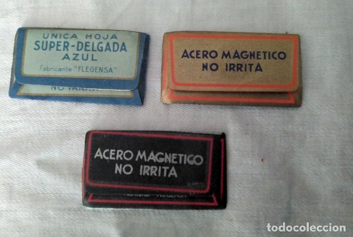 Antigüedades: Antiguo Set de afeitado y aseo de viaje, piel,metal y cristal. 20 x 9 x 7 cm. H. mediados S. XX - Foto 5 - 141022854