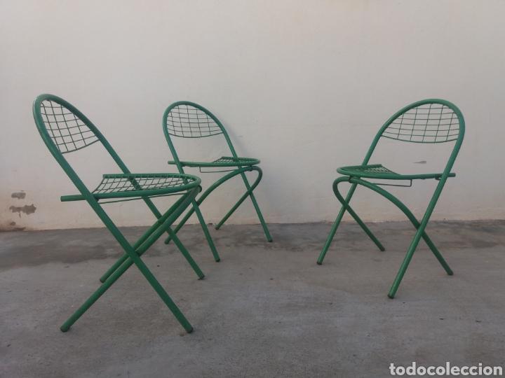 Antigüedades: Preciosas sillas antiguas de jardin de hierro color original verde diseño Nordico vintage años 60 - Foto 2 - 141127241
