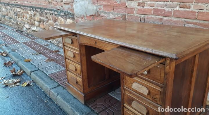Antigüedades: Escritorio americano de roble. Mesa de despacho antigua estilo americano. Escritorio antiguo - Foto 8 - 141136634
