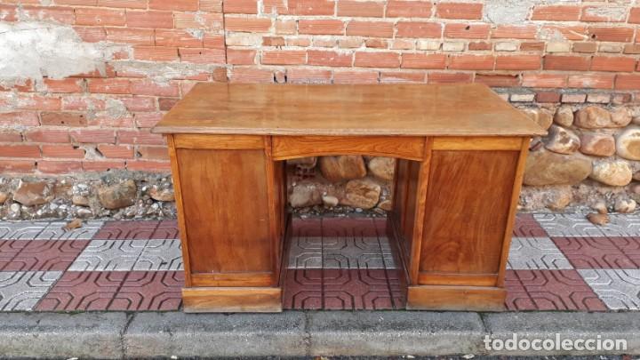 Antigüedades: Escritorio americano de roble. Mesa de despacho antigua estilo americano. Escritorio antiguo - Foto 10 - 141136634