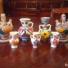 Antigüedades: ANTIGUOS 9 JARRÓN / JARRÓNES / FLOREROS DE CERAMICA PINTADA A MANO DE LOS AÑOS 50-60. Lote 141150810